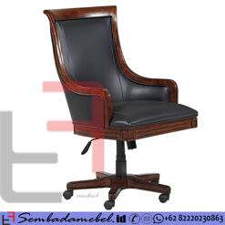 Kursi Kantor Jati Direktur Klasik Style SM-527